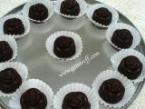 Шоколадови бонбони с дулсе делече